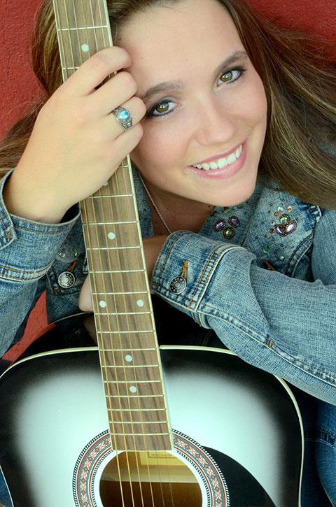 Jessie_Guitar_Opt
